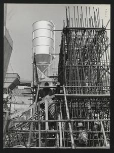 Costruzione Centro Pirelli - 13 agosto 1956 - foto Camera Color Milano