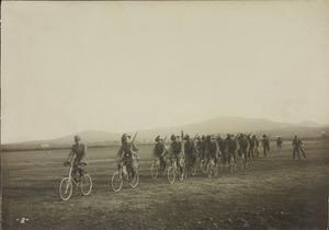 Bersaglieri in bicicletta
