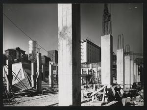 Costruzione Centro Pirelli - 13 settembre 1956 - foto Publifoto