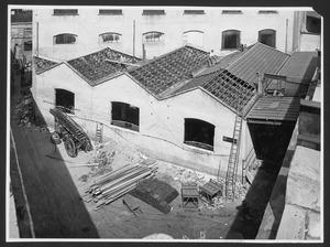 """La demolizione della """"Brusada"""" - maggio 1955 - foto Publifoto"""