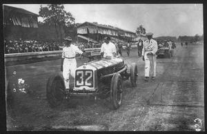 Il pilota Tazio Nuvolari a Monza