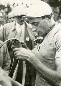 Il corridore ciclista Fausto Coppi nel 1950