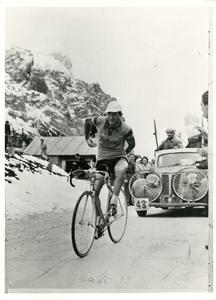 Il corridore ciclista Gino Bartali
