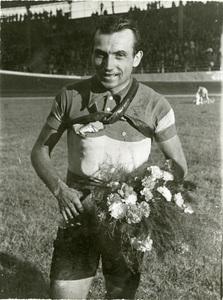 Il corridore ciclista Alfo Ferrari