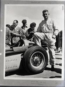 Il pilota Louis Rosier al VII BRDC International Trophy del 7 maggio 1955